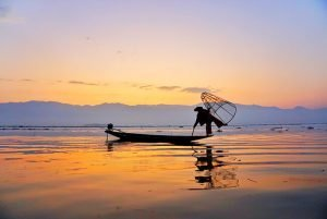 Saga Creativa Ecuador Inle Lake Myanmar Travel Asia Lago tn