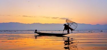Saga Asia. The city of the children of the lake (Inle)